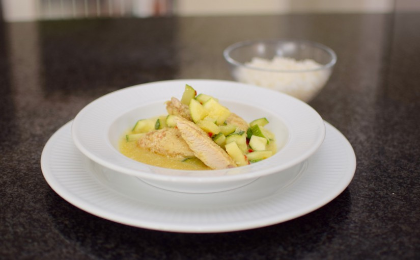 Kylling i kokosmælk med squash i karrysauce – Nem og hurtig opskrift