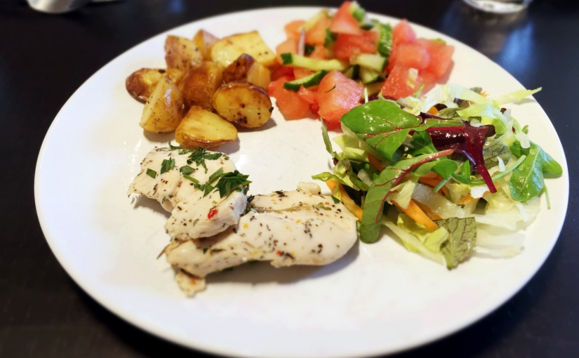 Dagens frokost: Timiankylling med ovnstegte kartofler og salater