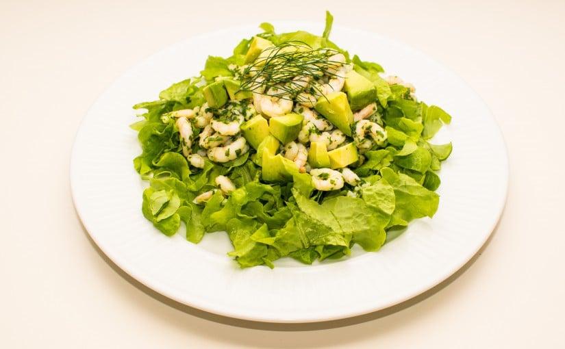 Salat med avocado og rejer i persillemarinade